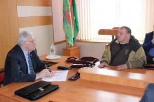 Личный прием граждан и «прямую телефонную линию» провел член Совета Республики Национального собрания Республики Беларусь Пётр Петрович Шершень