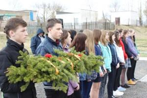 У Шаркаўшчынскай сярэдняй школе № 2 з моладдзю сустрэліся былыя вязні фашысцкіх канцлагераў
