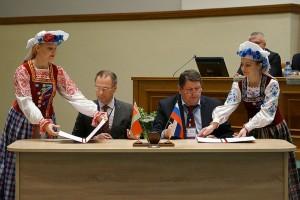 Договор о породнении подписали Шарковщинский и Псковский районы