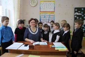 Наталья Геннадьевна Берникович и ее маленькие ученики