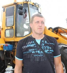 Моладзь на сяле: механізатар ААТ «Даватарскі» Дзяніс Кляпко