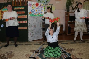 Сегодня прошла благотворительная программа ко Дню инвалидов «Как здорово, что все мы здесь сегодня собрались»