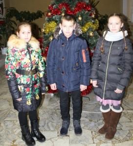 У межах акцыі «Нашы дзеці» шаркаўчане пабывалі на навагодніх ёлках у Мінску і Віцебску