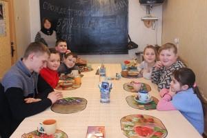 Уроки духовности и добра: занятия в воскресной школе при Свято-Успенской церкви проводит Алла Владимировна Сикора