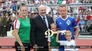 Лукашэнка: абноўлены стадыён «Дынама» стане родным домам для аматараў актыўнага адпачынку