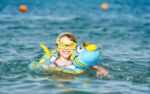 Чтобы отдых на воде был безопасным, необходимо соблюдать правила безопасного поведения